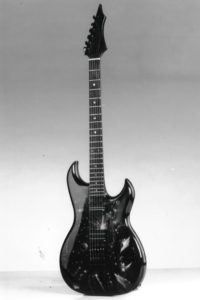 "Gitarrenbau Christian Stoll 1989: HM 911 Turbo mit Sonderlackierung ""from outer space"""