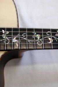 """Gitarrenbau Christian Stoll: 2003: Lebensbaum - Sonderanfertigung einer Ambition Jumbo mit """"Tree of Life"""" Perlmutteinlage"""