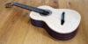 7-saitige Konzertgitarre mit Fanned Frets