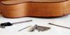 Feintuning – Die Akustikgitarre einstellen