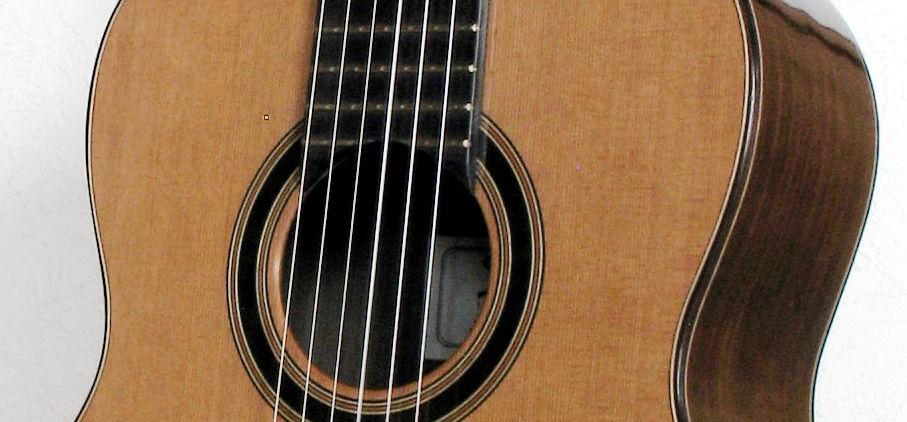 Gitarrenbau Christian Stoll: Konzertgitarre Classic Line Pro Mensur 63 mit breitem Griffbrett - Rosette