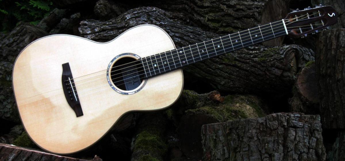 Gitarrenbau Christian Stoll: Westerngitarre Parlour Mensur 62 - quer