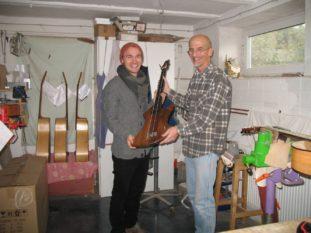 Pierre Pihl Christian Stoll Feierliche Übergabe Fussbass