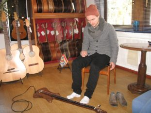 Pierre Pihl mit Stoll Fußbass
