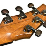 Gitarrenbau Christian Stoll: Jumbo Stahlsaiten-Gitarre IQ mit Fächerbünden, Armauflage und Zargenschallloch - Mechaniken