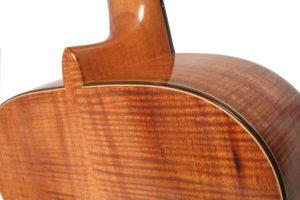 Gitarrenbau Christian Stoll: S-Custom - Boden und Zargen aus Koa