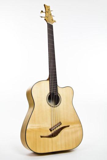 Gitarrenbau Christian Stoll: Akustik-Bass Fanned Frets IQ Bass