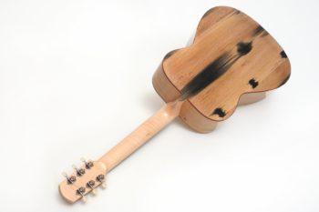 Fingerstyle Gitarre Apfelweinfass Eiche Fichte Boden Gitarrenbauer Stoll