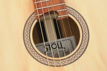 Fingerstyle Gitarre Apfelweinfass Eiche Fichte Rosette Gitarrenbauer Stoll