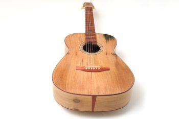 Fingerstyle Gitarre Apfelweinfass Volleiche Gitarrenbauer Stoll