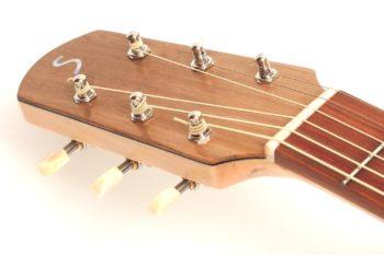 Fingerstyle Gitarre Apfelweinfass Volleiche Gitarrenbauer Stoll Kopf