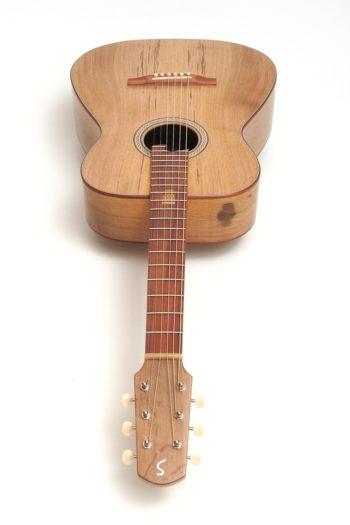 Fingerstyle Gitarre Apfelweinfass Volleiche Kopf Gitarrenbauer Stoll