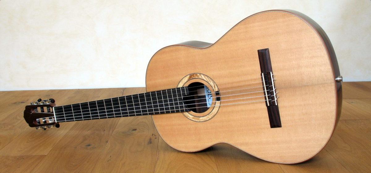Klassische Bariton-Gitarre Mensur 66 cm Schertler Mechaniken