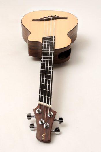 bass ukulele fächerbünde fanned frets laut gitarrenbauer stoll