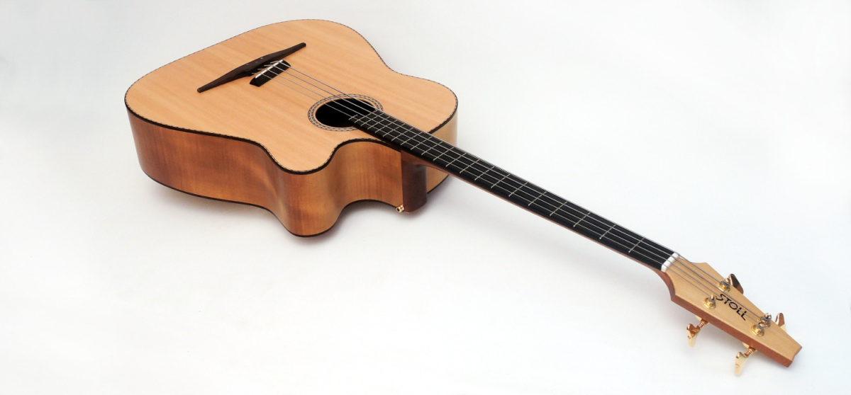 Der legendäre Akustik Bass - 4-Saiter