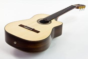 Gitarrenbau Christian Stoll: Klassikgitarre mit Cutaway Alegra Palisander Fichte