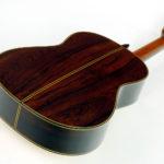 Gitarrenbau Christian Stoll: Klassische Meistergitarre Evolution M - Boden und Zargen aus Madagaskar-Palisander
