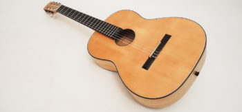 Klein Klassische Gitarre