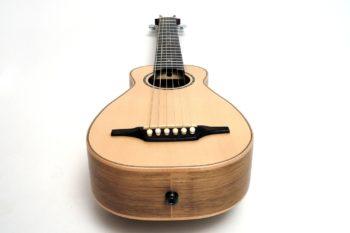 reisegitarre klein tonabnehmerbuchse pocket travel gitarrenbauer christian stoll