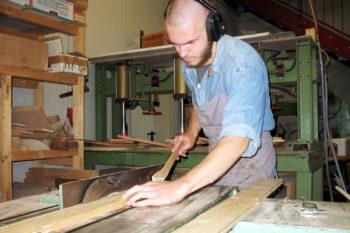 Leistenholz für Gitarren zuschneiden