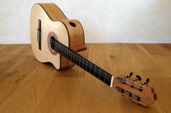 Nylonsaiten-Gitarre Mensur 63 tiefer Cutaway Zargenschallloch Schertler Mechaniken