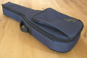 Gebrauchte Picado Kindergitarre Modell 16cB Mensur 58 cm - Tasche
