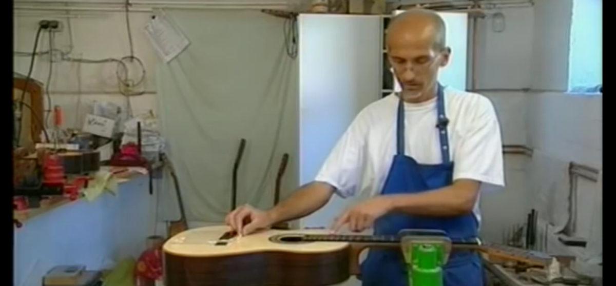 video Gitarrenbauer Christian Stoll baut eine Gitarre