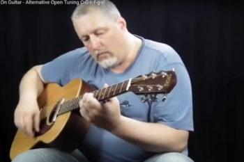 Peter Reimer auf Stoll Stahlsaiten-Gitarre PT 59