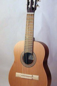 2005 Octave: On request we build octave guitars in small numbers