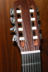 2008: 8-string Headstock