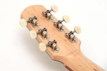 Fingerstyle guitar cider barrel oak luthier Stoll