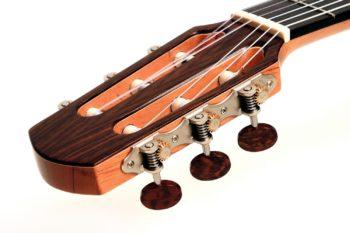 Classic Crossover Guitar Latin Jazz Side Soundport Cutaway Pickup
