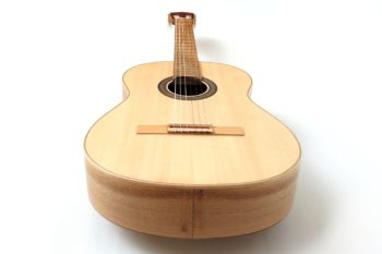 guitar local woods Walnut alder black locust spruce classical Estudio stoll luthier