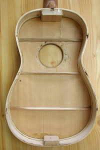 simple 12-fret guitar top bracing