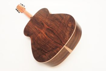 Laurel steel string guitar Ambition luthier christian stoll