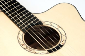 acoustic guitar tamarind bevel fan frets luthier christian stoll
