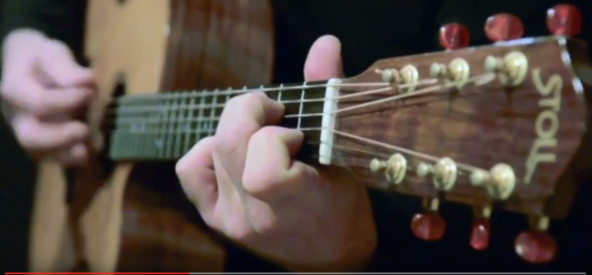 video nylon string guitar alegra